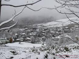 بارش برف در روستا(اذر94)